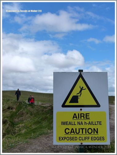 Warning sign on the stretch of cliffs with no barrier wall
