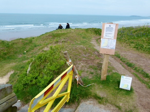 Safety Barrier and diversion notice at Rhossili land slip
