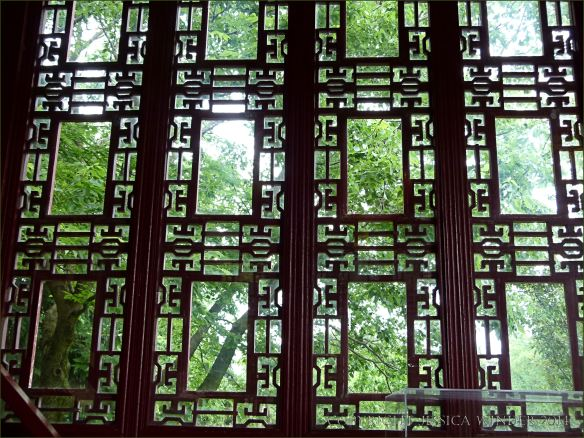 Trellis-work at the window of a Chinese pavilion in Jardin Botanique de Montreal