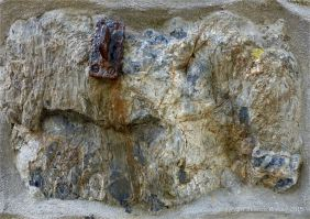 Pattern and texture of rock in a wall