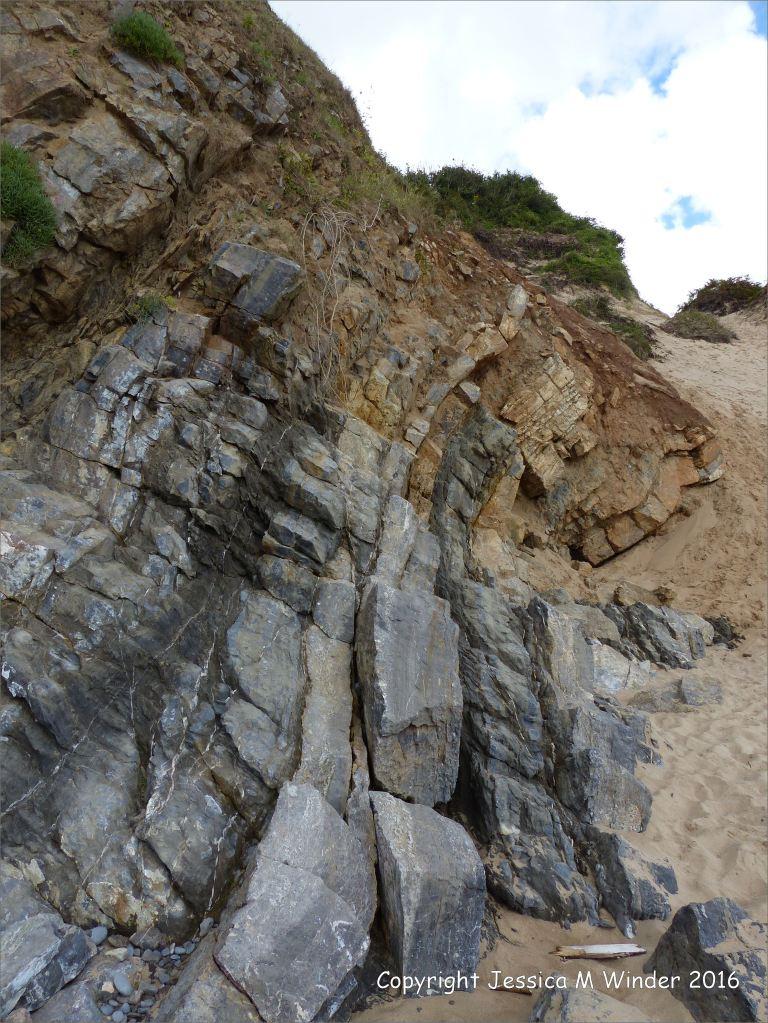 Limestone rock strata at Three Cliffs Bay
