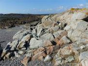 Broad pink aplitic vein in L'Eree Granite