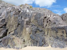 Limestone rocks at Little Tor, Gower.