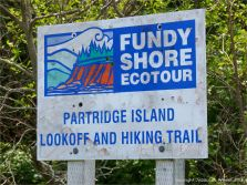 Sign for the hiking trail on Partridge Island