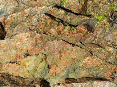 L'Eree granite at Rocquaine Bay
