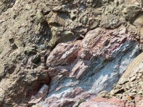 Close-up of the contact between the Jurassic North Mountain Basalt and the Triassic to Jurassic Partridge Island Member of the Blomidon Formation