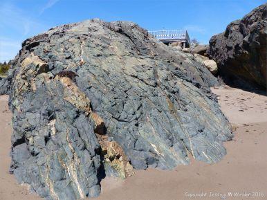 Main a Dieu Rock Pattern & Texture 3