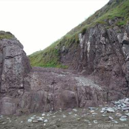 Path down to the beach through the Devonian Trabeg Conglomerate Formation on the Dingle Peninsula