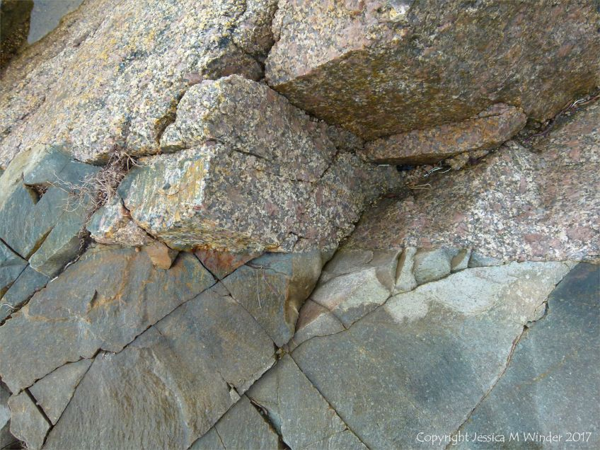 Coarse granite and smooth dike rocks
