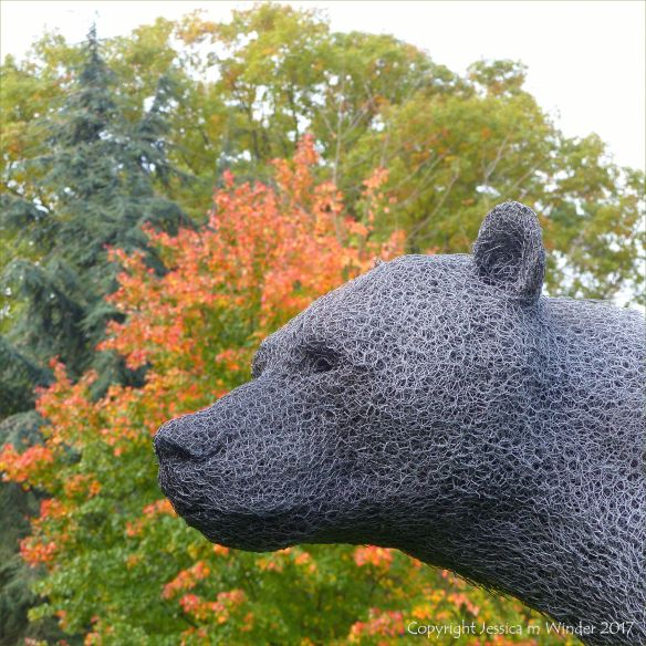 """Bear"" sculpture by Kendra Haste at Kew Gardens in London"