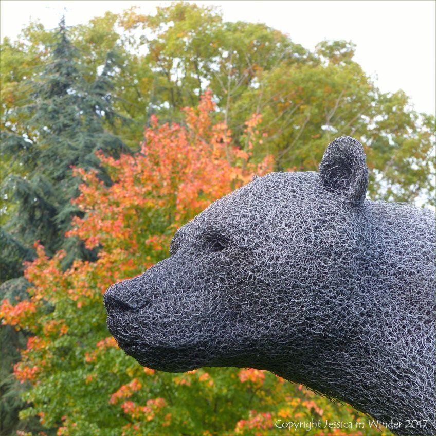 """Bear"" sculpture by Kendra Haste at Kew Gardens in London"