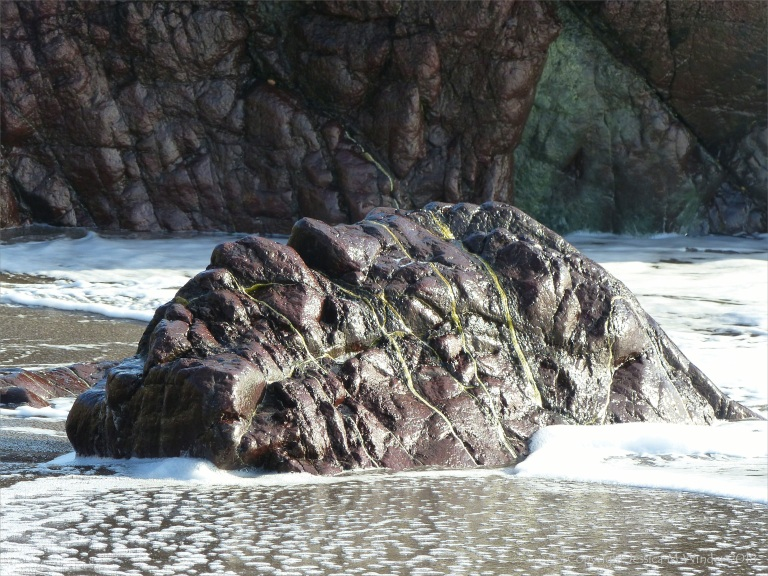Rocks at the north end of Kennack Sands
