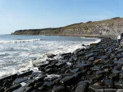Boulders on the upper shore at Kimmeridge Bay