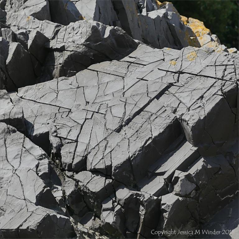 Ersion patterns on sedimentary rocks