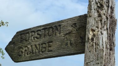 Bridle path sign to Forston Grange
